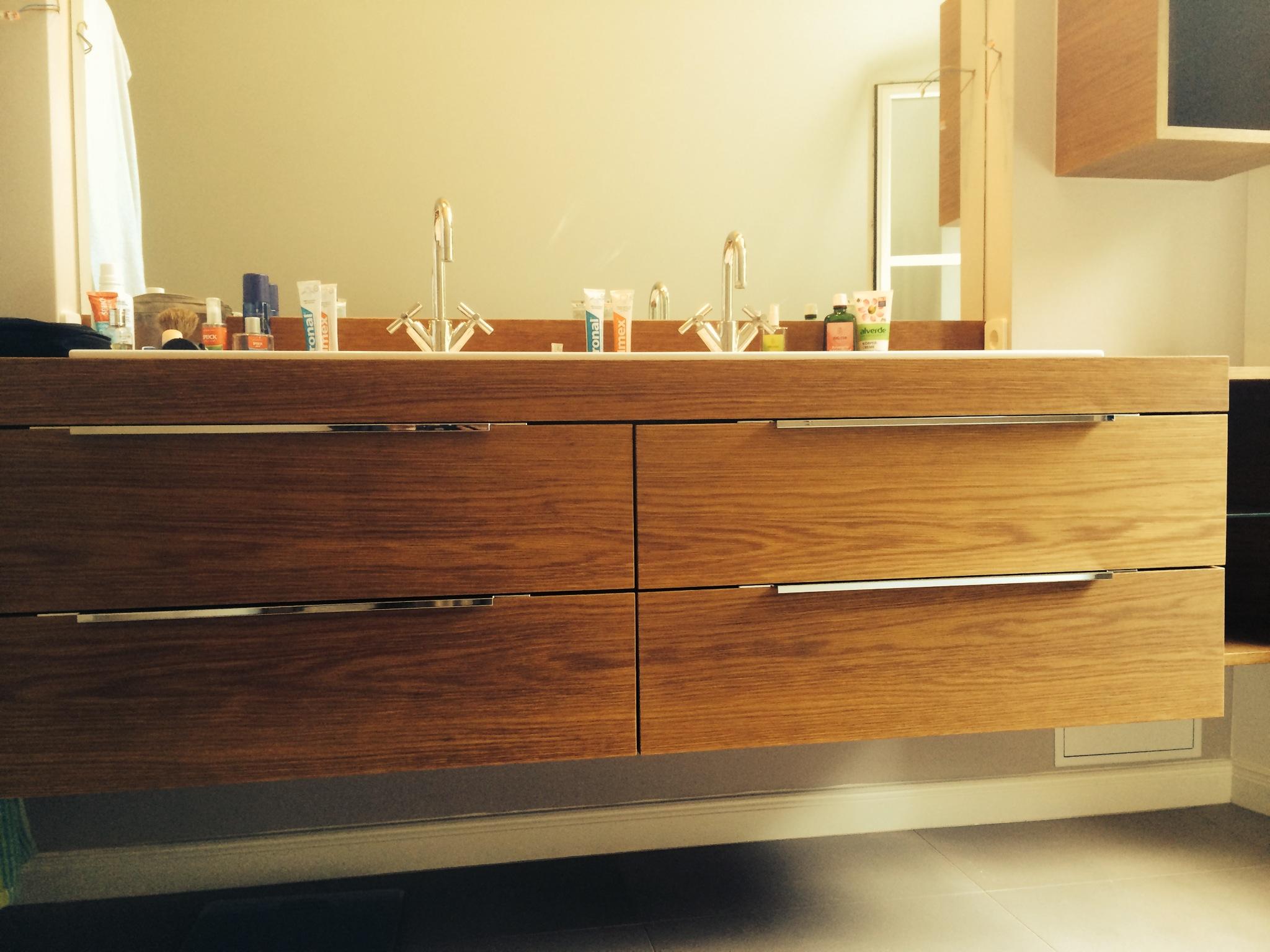 Waschtischunterschrank holz hängend  Badmöbel | Tischlerei in Hamburg Altona